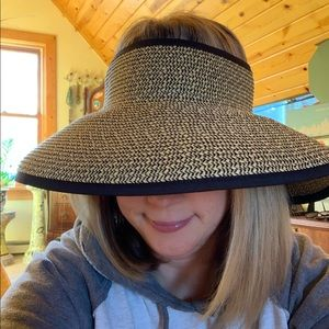 Roll-up Sun hat. SanDiego Hat Co.